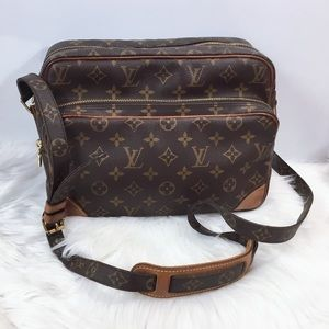 100% Authentic Louis Vuitton Nile with Dust Bag